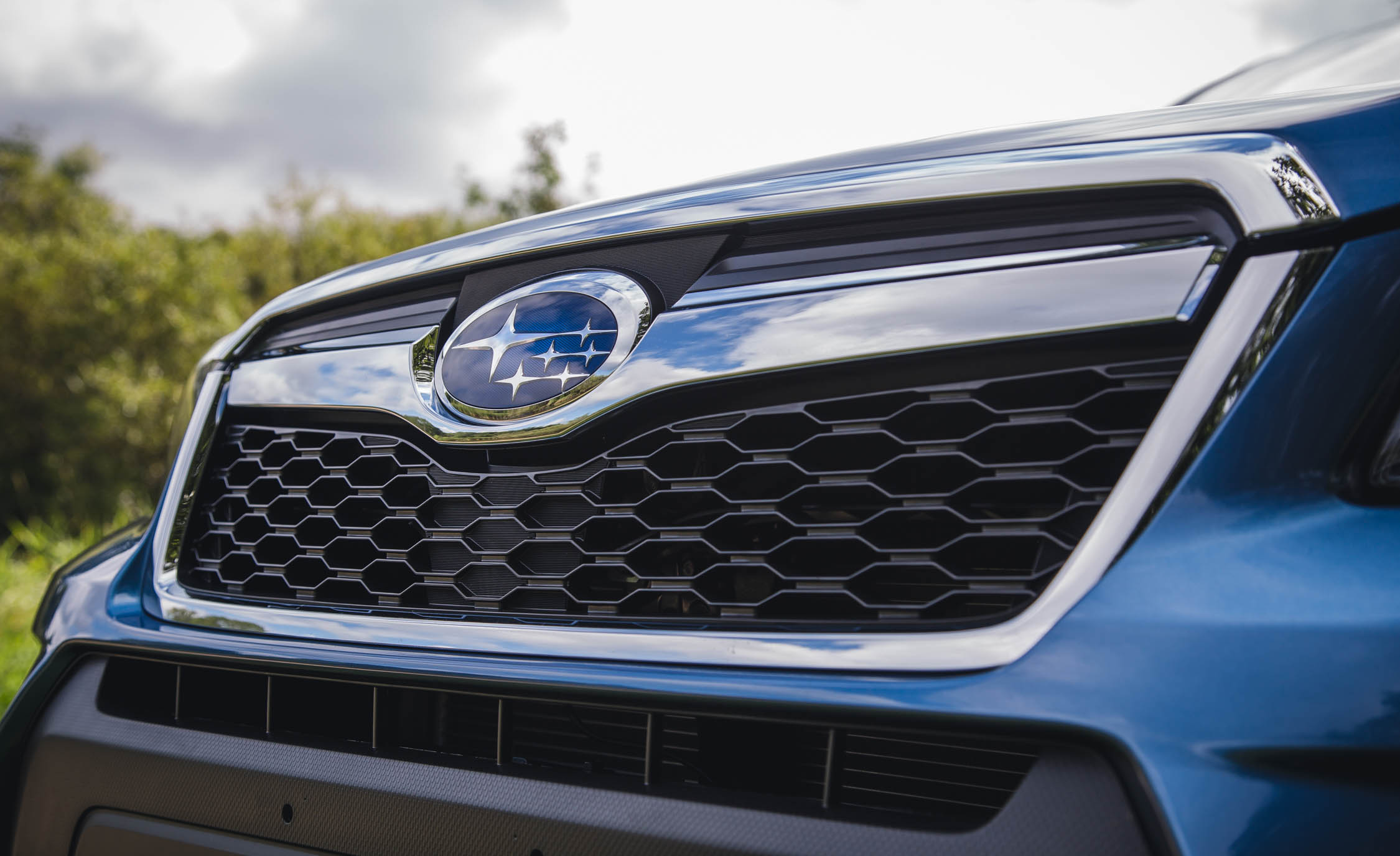 2016 Subaru Forester 2.0XT Touring Exterior Grille