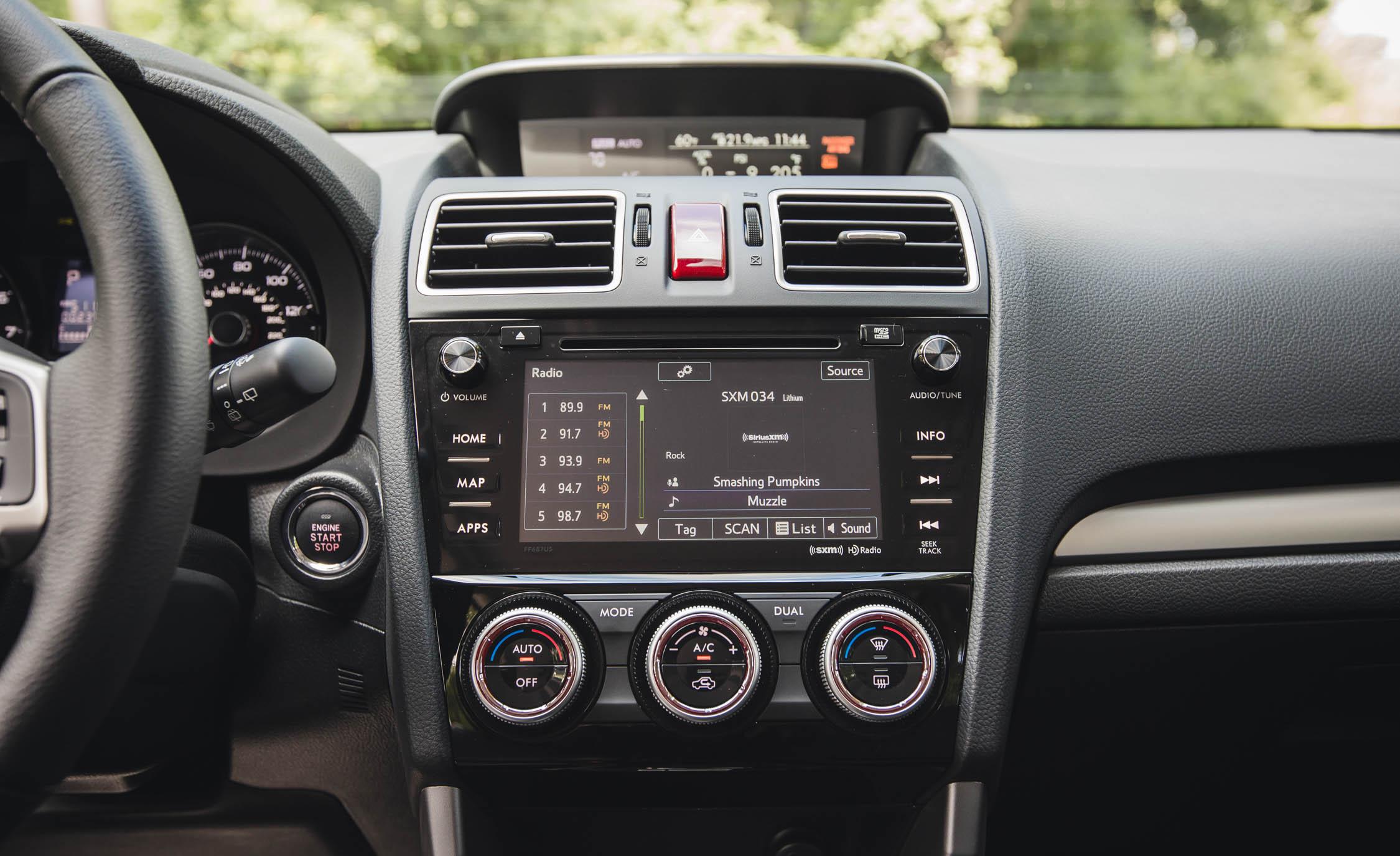 2016 Subaru Forester 2.0XT Touring Interior Center Head Unit