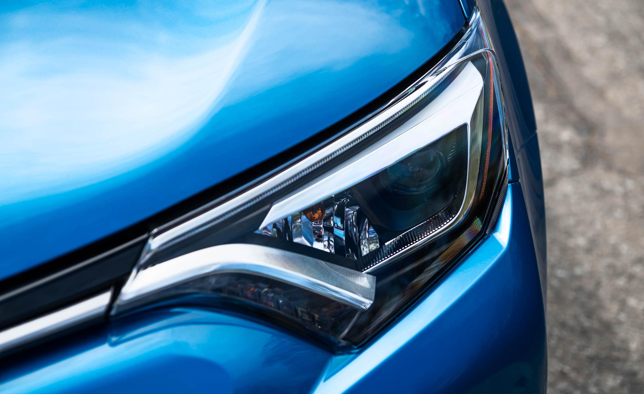 2016 Toyota RAV4 Hybrid Exterior Headlight