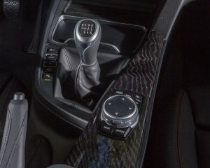 2016 BMW 340i Interior Gear Shift Knob