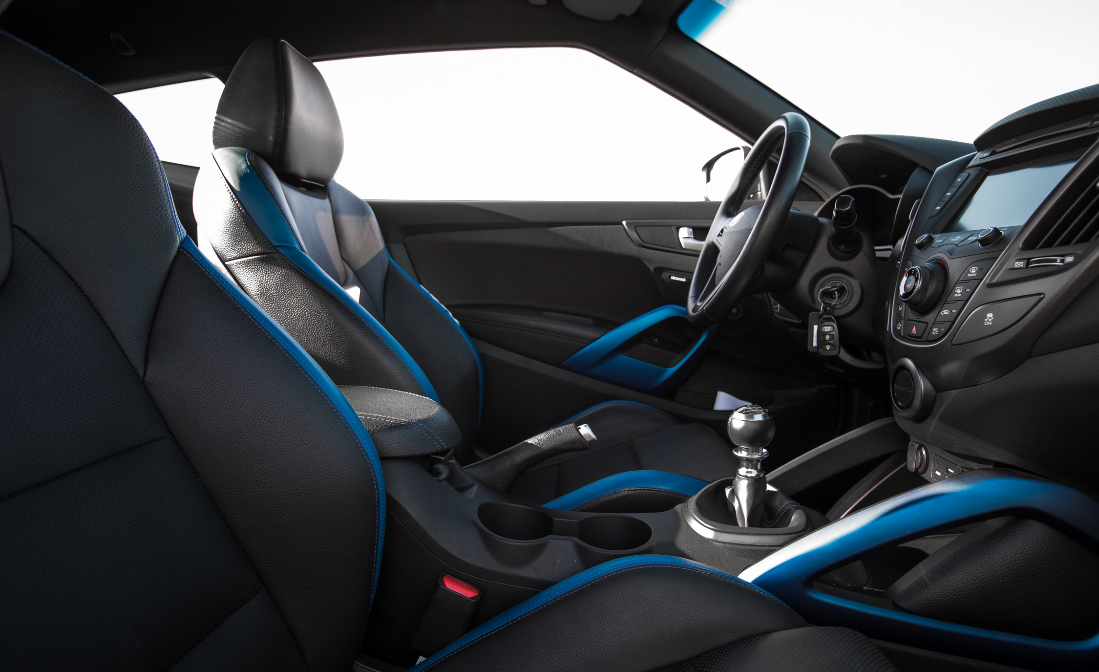 2016 Hyundai Veloster Turbo Rally Edition Interior Cockpit Seat
