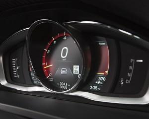 2016 Volvo S60 Cross Country Interior Speedometer