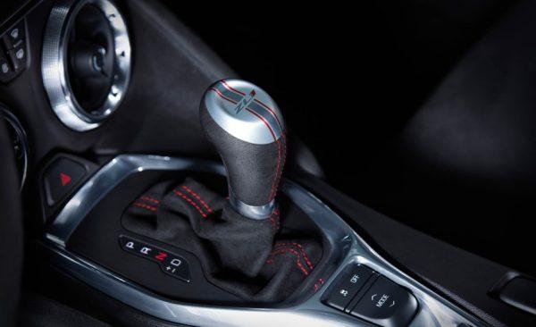 2017-Chevrolet-Camaro-ZL1-110-876x535