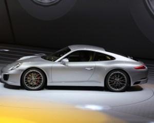 2017 Porsche 911 Carrera Side View