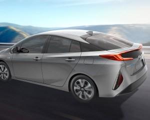 2017 Toyota Prius Prime Side View