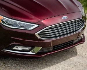 2017 Ford Fusion Hybrid Grille View