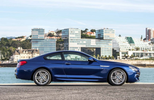 2017 bmw 6 series coupe side