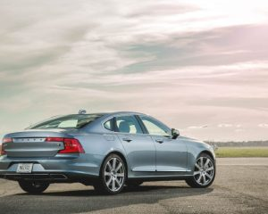 2017 Volvo S90 Rear View