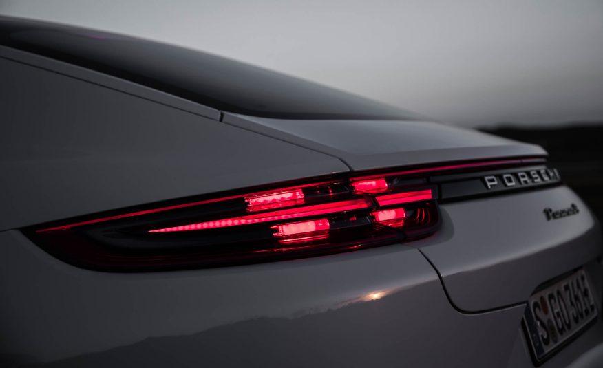 2018 Porsche Panamera 4 E Hybrid Rear Tail Lights View