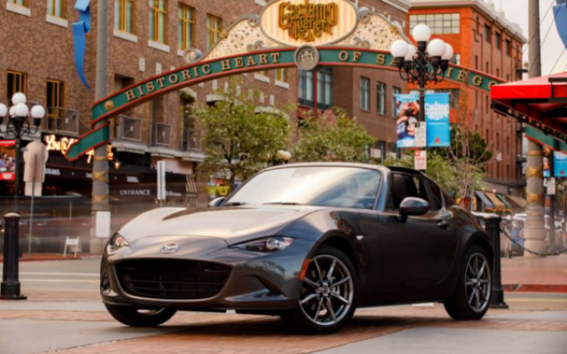 2017 Mazda MX-5 Miata review exterior