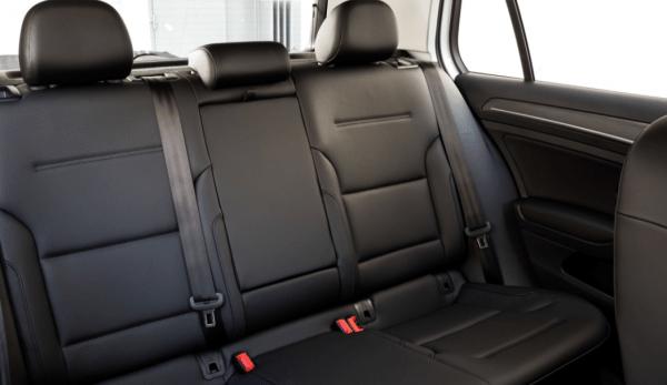 2017 Volkswagen e-Golf interior seats review