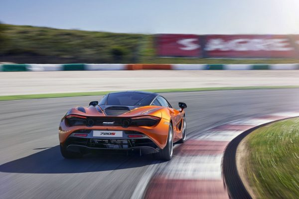 2018 McLaren 720S rear review