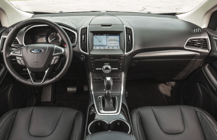 2017 Ford Edge Interior Dashboard View