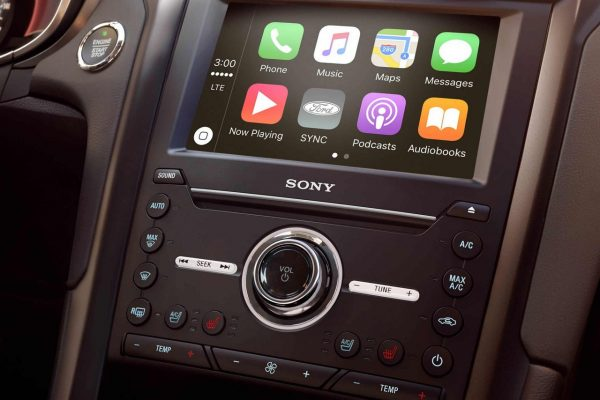 2018 Ford Fusion infotainment system review
