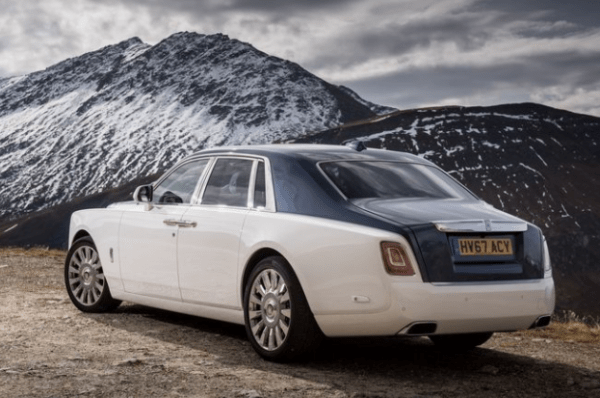 2018 Rolls Royce Phantom VIII rear review