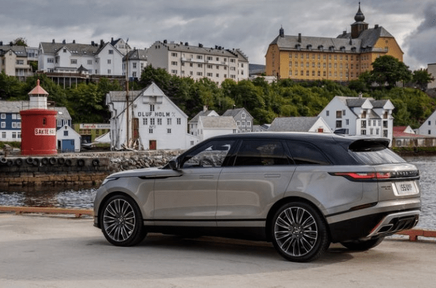 2018 Ranger Rover Velar Side View