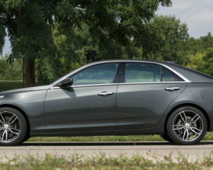2018 Cadillac CTS Side View