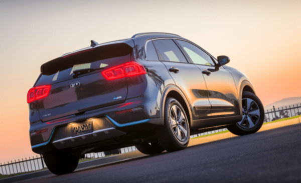 2018 Kia Niro Hybrid rear review