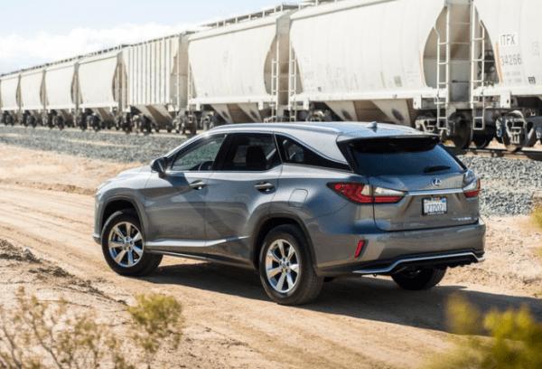 2018 Lexus RX350L rear review