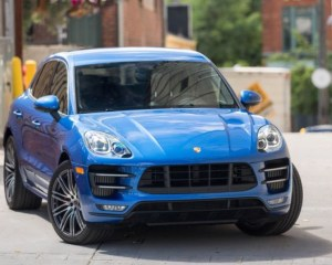 2018 Porsche Macan Turbo SUV Front View