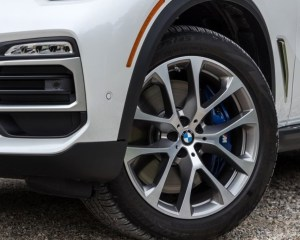 2019 BMW X5 Wheels View