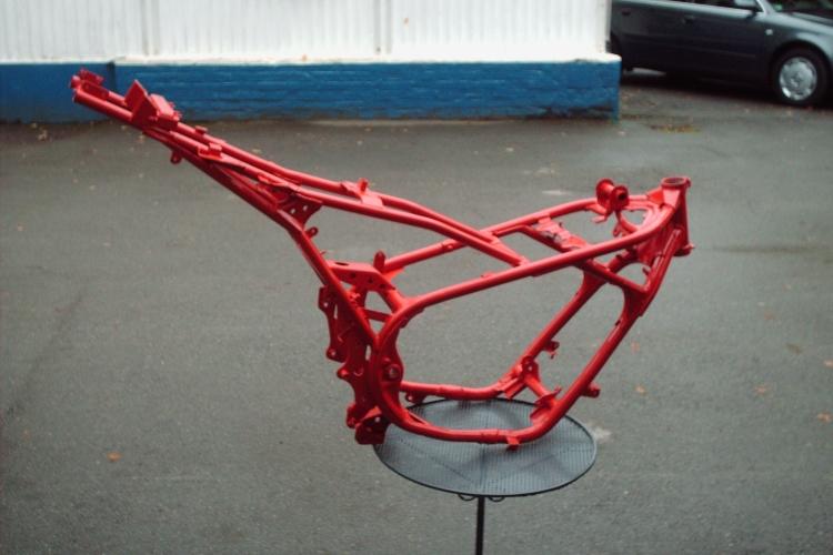 Moped-Rahmen-pulverbeschichtet