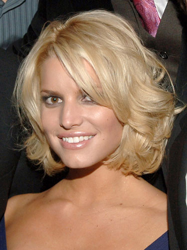 Jessica Simpson Short Wavy Bob Hairstyles06 Latest Hair