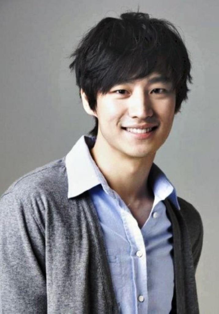 Korean Hairstyle For Men09 Latest Hair Styles Cute