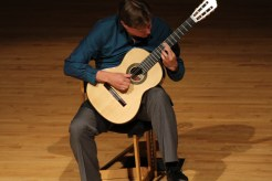 Jason Vieaux in the King Center Concert Hall