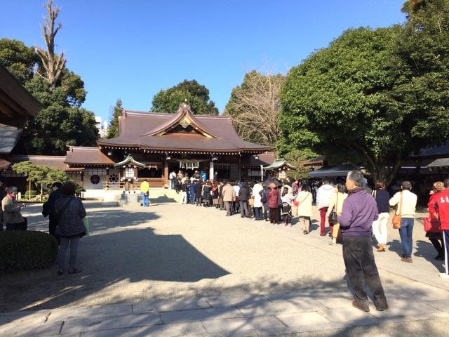出水神社 参拝客