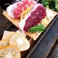 ヨコバチ:古民家風の建物の中でたくさんの熊本のおいしい料理が味わえる!中庭の席も気持ちいい!!【グルメ・熊本】