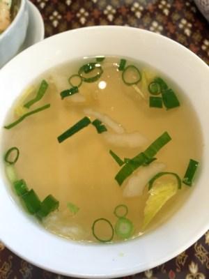 サワッディー:スープ