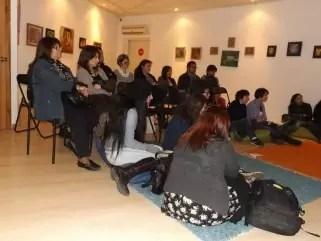 Público asistente a la charla con escritores fantásticos
