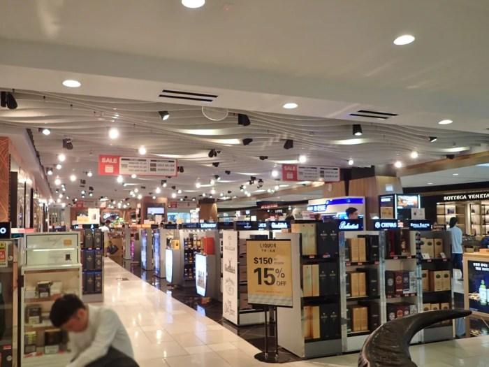 グアム国際空港の免税店