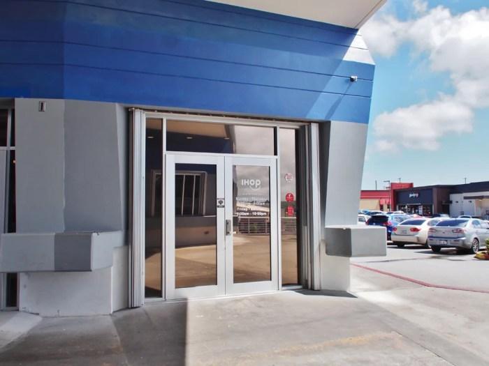 IHOPの入口