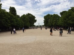 6. There are two halves to this talk, separated by the Place de la Concorde. The first is the Champs-Élysées shopping district, packed with luxury brands and flagship stores. The second is a walk through gardens and fountains, packed with sun-bathers and picnic-goers in the summer.
