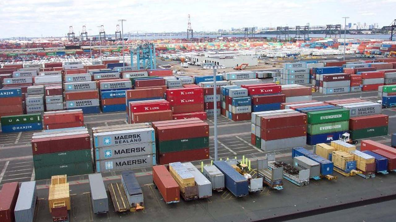 Nigerian Shippers' Council (NSC) has threatened to take action against shipping companies/agencies, seaport terminal operators and off-dock terminals over arbitrary charges. Mrs Rakiya Zubairu, Head of Public Relations, NSC, disclosed this in a statement in Lagos on Tuesday. According to her, the NSC has been inundated with complaints against shipping companies/agencies, seaport terminal operators and […]