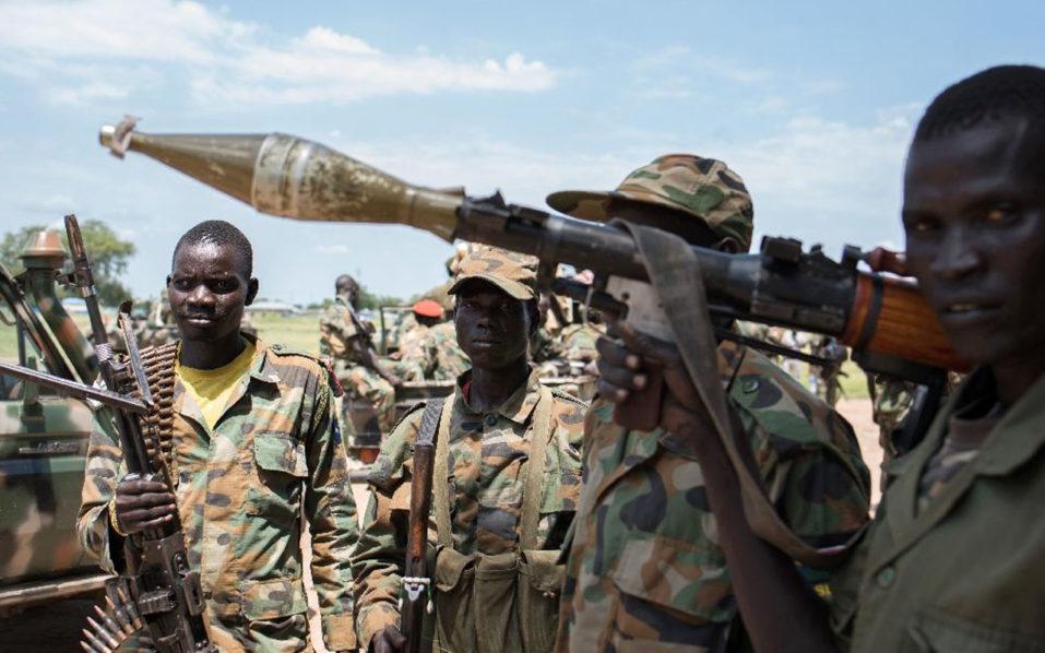 """NNN: Al menos 127 murieron y otros 32 resultaron heridos cuando los soldados se enfrentaron con civiles negándose a ser desarmado como parte de un acuerdo de paz en Sudán del Sur, dijo el ejército el miércoles. """"Entre los muertos hay 82 civiles y 45 soldados"""", dijo en un comunicado el portavoz del ejército Lul […]"""