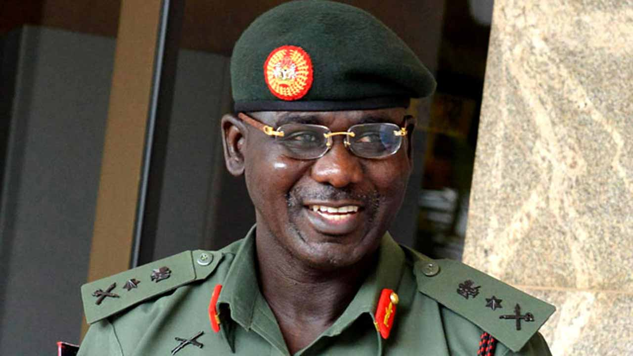Buratai Seeks Media Support In Fight Against Insurgency