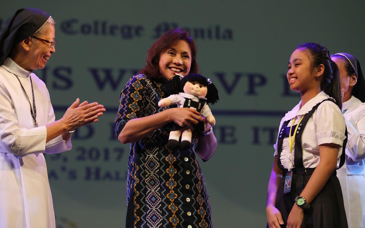 Leni Robredo - Philippine vice president promises to end spate of killings in drugs war