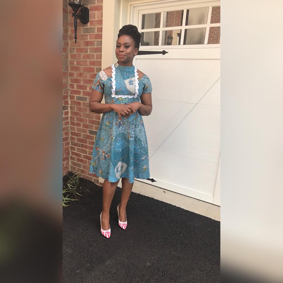 18095379 1717780254905409 4136323156979744768 n1 - Chimamanda Adichie Explains Why She Only Wears Nigerian Brands
