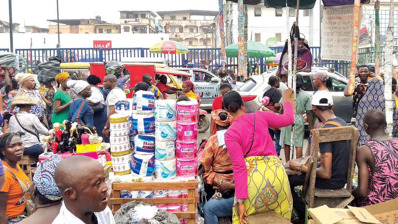 The Price Of Palm Oil Has Remained Stable In Spite Of High Cost Of Other Foodstuffs In Enugu Metropolis Following The Lockdown Against Coronavirus, Nigeria News Agency Reports. A Nan Survey Conducte