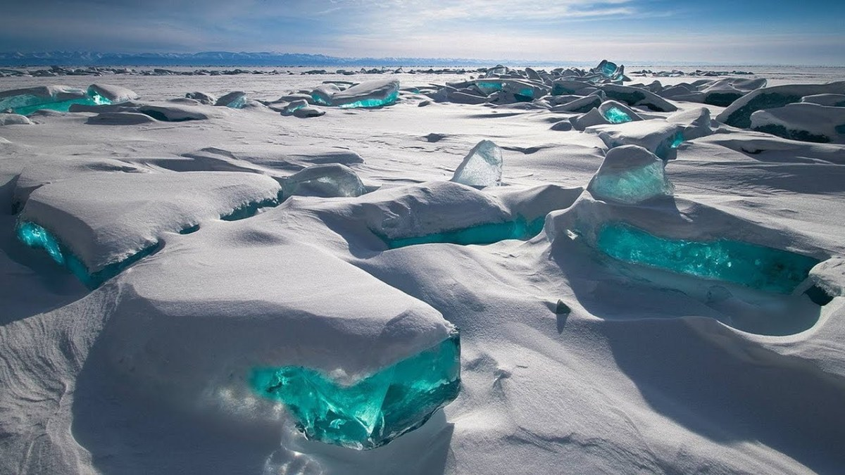 Turquoise Ice Northern Lake Baikal - Beautiful Lakes You Never Knew About