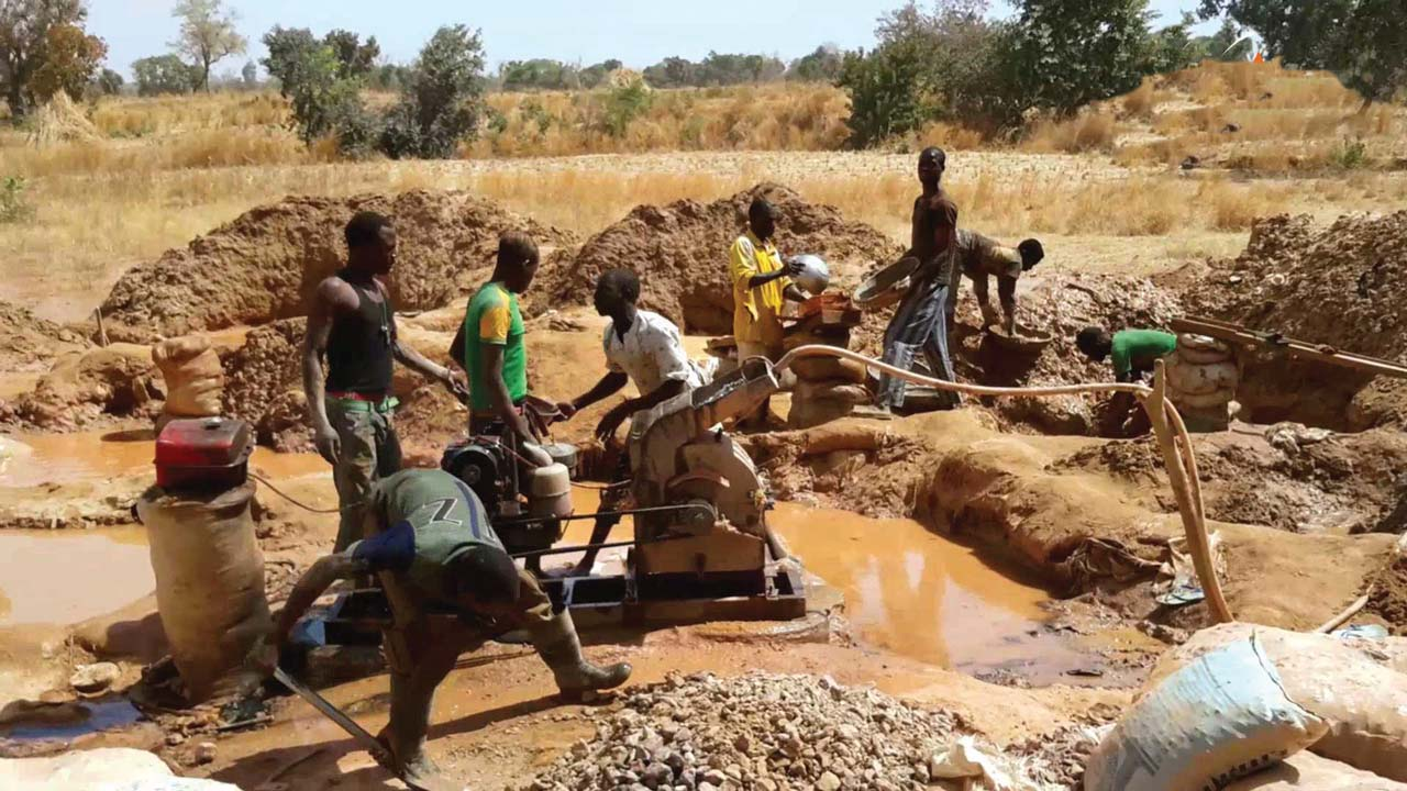 The Plateau Ministry of Solid Minerals Development has said that it is working toward generating N500 million revenue in 2020. The Commissioner, Mr Jude Dakur, said this on Monday in Jos when Plateau House of Assembly Committee on Environment and Solid Minerals visited him. Dakur told the committee that the ministry in 2019 generated N23 […]