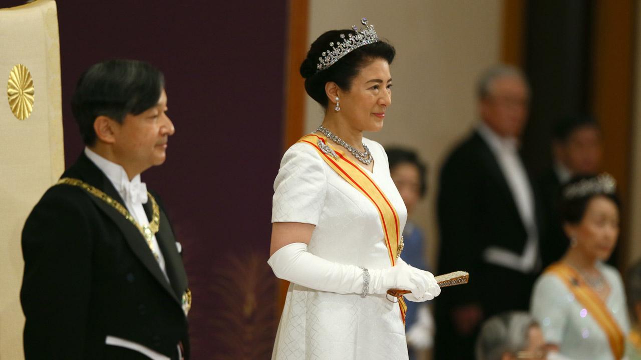 Naruhito - Japan's Emperor Naruhito declares his enthronement