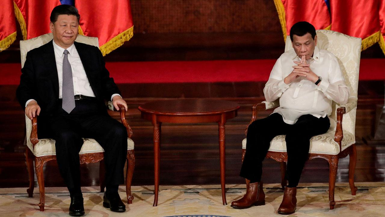 Rodrigo Duterte - Philippine President Duterte slightly hurt in motorcycle mishap