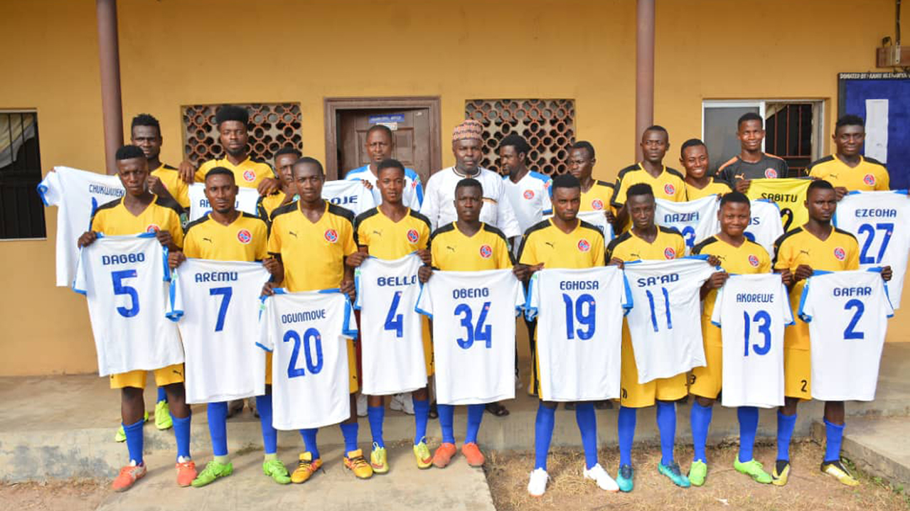 Chairman of the Kwara Football Association, Malam Idris Musa, has restated the board's resolve to develop female football in the state. Musa made this known in Ilorin on Tuesday when he received the management and players of Moje Queens of Erin-Ile. He commended the leadership of the club for its relentless efforts in promoting the […]