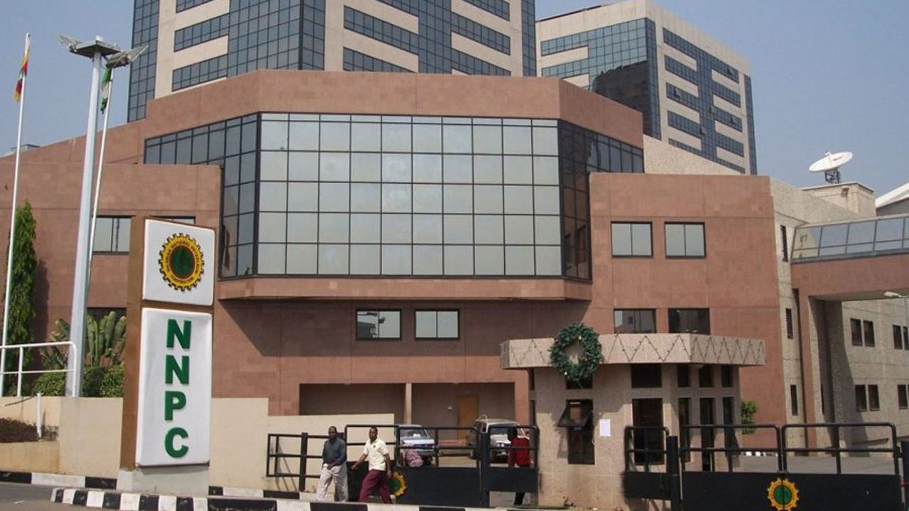 The downstream subsidiary of Nigerian National Petroleum Corporation (NNPC), Petroleum Products Marketing Company (PPMC), has fixed the ex-depot price of premium motor spirit (PMS), known as petrol at N138.62 per litre. PPMC disclosed this in a memo signed by its Manager, Sales, Mohammed Bello, in Abuja, on Tuesday. The ex-depot price is the price at […]
