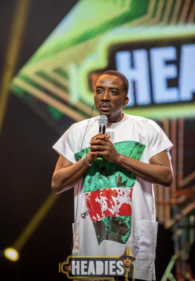 The 14th Headies: Bovi Pays Tribute To #EndSars Protest With Blood-Stained Shirt