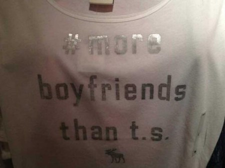Abercrombie has pulled a shirt deemed by Taylor Swift fans as offensive from its shelves.